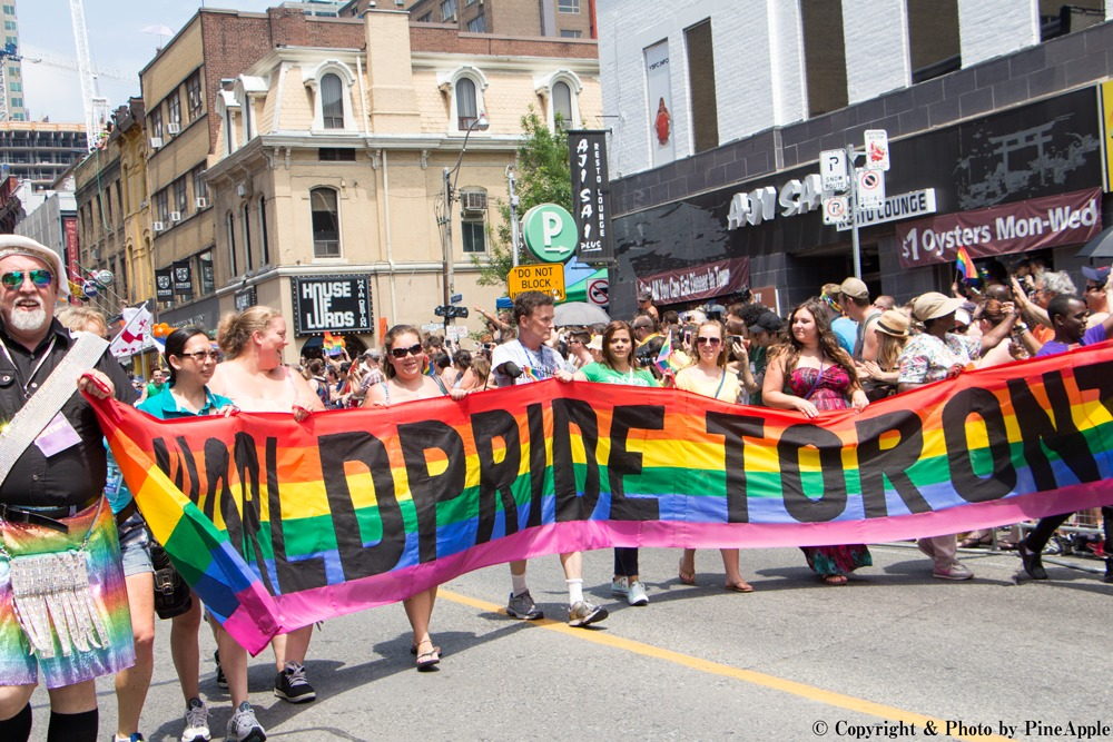 World Pride パレード at Toronto 2015