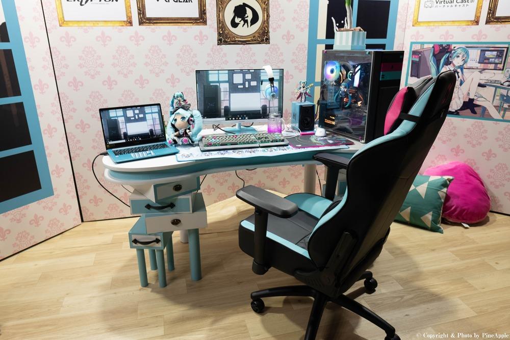 TSUKUMO ブース:初音ミクの PC 部屋 @ 東京ゲームショウ 2019(TOKYO GAME SHOW 2019)